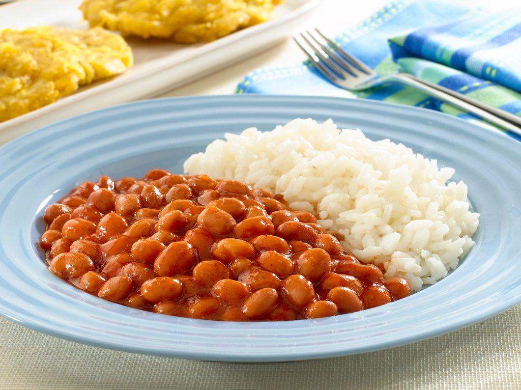 Protéines-Végétales-dans-Riz-et-haricot